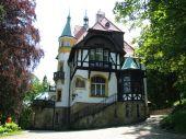 foto of hitler  - The house belonged to Adolf Hitler - JPG