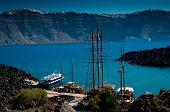 The port on the volcanic island named Nea Kameni.