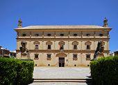 Chains Palace, Ubeda.