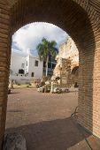 Ruinas del Hospital De San Nicolás De Bari