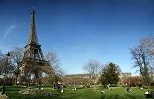 Eiffel Tower With Panoramic Hd View