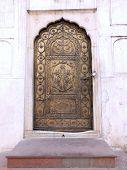 Koper geplateerd deur, Moti Masjid (Rode Fort, Delhi)