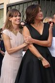LOS ANGELES - NOV 8:  Mariska Hargitay, Hilary Swank at the Mariska Hargitay Hollywood Walk of Fame