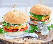 picture of beef-burger  - Hamburger  - JPG