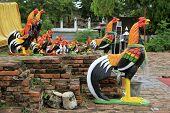 Rosters In Wat Thummikarat