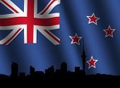 Auckland Skyline mit gewellter flag