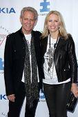 LOS ANGELES - 13 APR: Don Felder kommt bei der Light Up The Blues Konzert profitieren Autismus sprechen