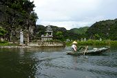 Quiet Ride On Peaceful Tam Coc River