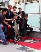 LOS ANGELES - MAY 9:  Doug Davidson, Richard Marx, Jason Thompson, Leron Gubler, Rick Springfield at the Rick Springfield WOF Ceremony at Hollywood Blvd on May 9, 2014 in Los Angeles, CA
