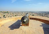 old cannon on roof of Jaisalmer fort in India