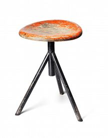 image of stool  - Old thee - JPG