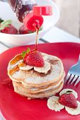 Strawberry banana cinnamon pancakes