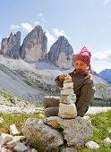 Kid am Berg-Wanderung, Tre Cime di Lavaredo