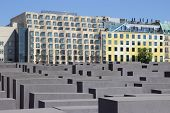 Holocaust Memorial (german: Holocaust-mahnmal)