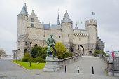 Antwerpen. Steens oude kasteel.