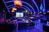 Moskau - 15. NOVEMBER: Hall vor brillanten Jazzclub Konzert in Iswestija Hall, November 15, 201