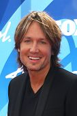 LOS ANGELES - MAY 16:  Keith Urban arrives at the American Idol Season 12 Finale at the Nokia Theate