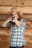 Cowgirl Shotgun Aim Out