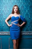 pic of diva  - Gorgeous diva in blue vintage interior - JPG