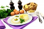 Boiled Eggs With Mustard Potatoes