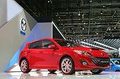 Genebra - 7 de março: Mazda 3 MPS em exposição na 79ª International Motor Show Palexpo-Genebra sobre Marc