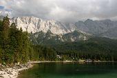 Zugspitze, Waxensteine Und Eibsee Im Wettersteingebirge
