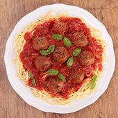 meatballs and spaghetti