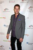 LOS ANGELES - JAN 9:  Justin Hartley at the