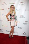 LOS ANGELES - 9 de JAN: Mollee Gray na festa