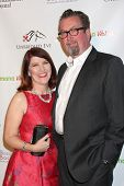 LOS ANGELES - JAN 9:  Kate Flannery, Chris Haston at the