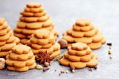 homemade gingerbread tree - sweet food