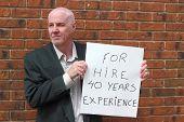 Boomer desempregado à procura de trabalho