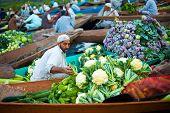 Dal Lake Floating Market Boat Full Vegetables