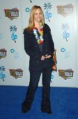 Lisa Kudrow at the Jon Lovitz Comedy Club Charity Opening, benefitting the Ovarian Cancer Research F