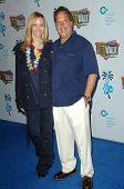 Lisa Kudrow and Jon Lovitz  at the Jon Lovitz Comedy Club Charity Opening, benefitting the Ovarian Cancer Research Fund. Jon Lovitz Comedy Club, Universal City, CA. 05-28-09