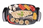 Grilled fish fillets with vegetables.