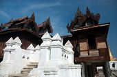 Nyan Shwe Kgua Temple,Myanmar.