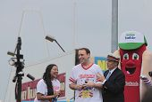 Joey Chestnut proposes to Neslie Ricasa