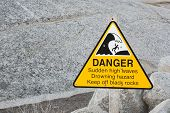 High Waves Danger Sign