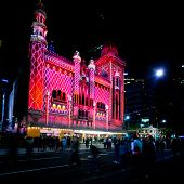 MELBOURNE - FEBRUARY 23: Melbourne's White Night attracted more than 500,000 visitors to the city centry and lit up its buikdings as works of art - February 23, 2014 in Melbourne, Australia.