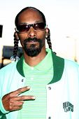 LOS ANGELES - AUGUST 4:  Snoop Dogg arrives at the