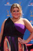 LOS ANGELES - 29.08.2009: KayCee Stroh kommt bei den 2010 Emmy Awards im Nokia Theater, LA Live auf