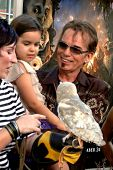 LOS ANGELES - SEP 19: Billy Bob Thornton, la Bella hija, llega a la leyenda de los guardianes: Th
