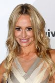 LOS ANGELES - OCT 11:  Taylor Armstrong arrives at the