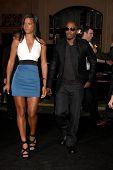 LOS ANGELES - OCT 28:  Britt Loren, Jamie Foxx arrives at the