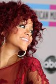 LOS ANGELES - NOV 21:  Rihanna arrives at the 2010 American Music Awards at Nokia Theater on Novembe