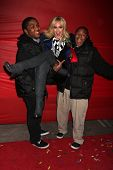 Los Angeles, nov 28: Chris Massey, lacey Schwimmer, Kyle Massey kommen am 2010-Hollywood Chris