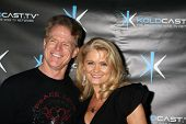LOS ANGELES - DEC 14:  Jacee Jule & husband attend the
