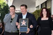 LOS ANGELES - FEB 14:  Stephen Baldwin, Alec Baldwin, Megan Mullally at the Walk of Fame Star Ceremo