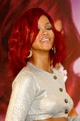 LOS ANGELES - FEB 18:  Rihanna at the Instore Appearance for her Fragrance Launch of 'Reb?l Fleur' a